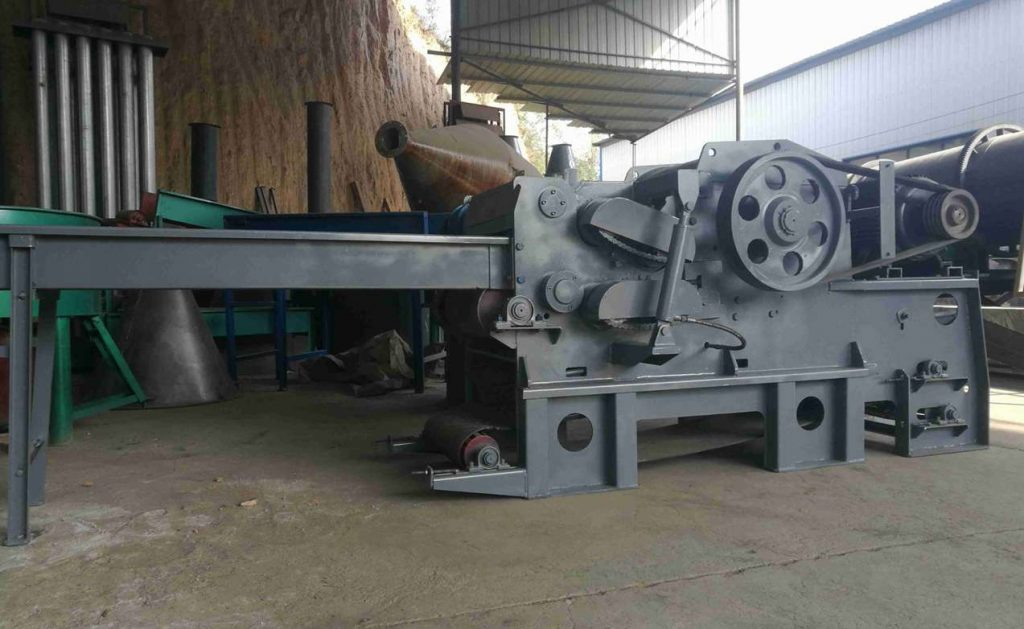 Large wood chipper for sale