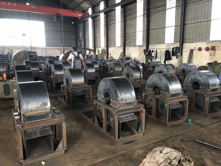 Shuliy wood crushers are in manufacturing