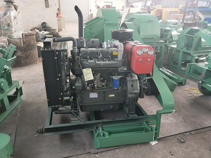 diesel engine unit for wood shaving machine