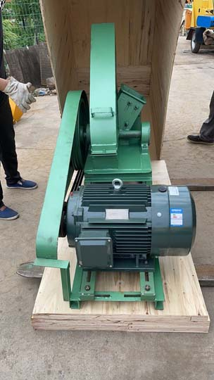 electric wood chipping machine for shipping to Canada