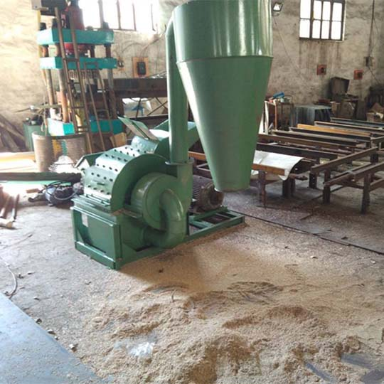 multifunctional wood shredder with the dust collector
