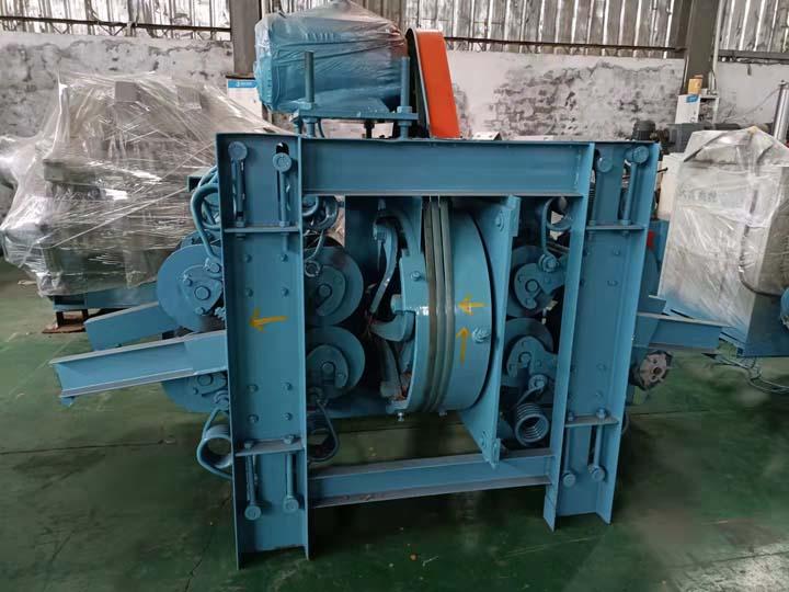 vertical log debarker machine of Shuliy