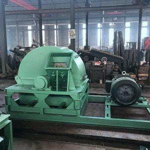 large type wood crushing machine in Shuliy factory